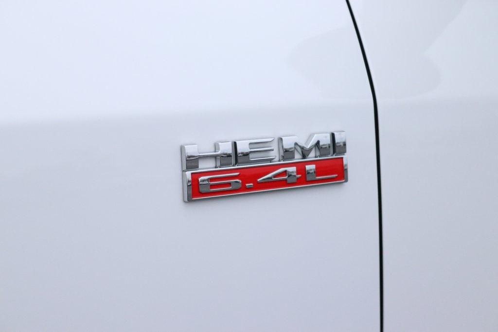 2019 Ram 3500 Regular Cab DRW 4x4, Imperial Dump Body #M191686 - photo 9
