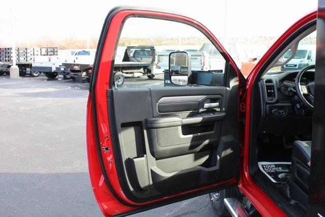 2019 Ram 3500 Regular Cab DRW 4x4, Knapheide Value-Master X Platform Body #M191687 - photo 10