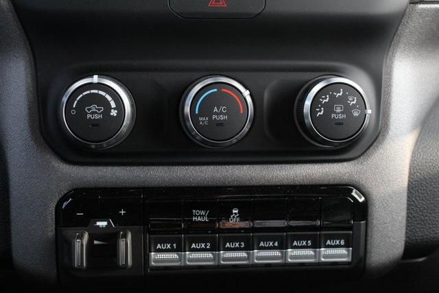 2019 Ram 3500 Regular Cab DRW 4x4, Knapheide Value-Master X Platform Body #M191687 - photo 20