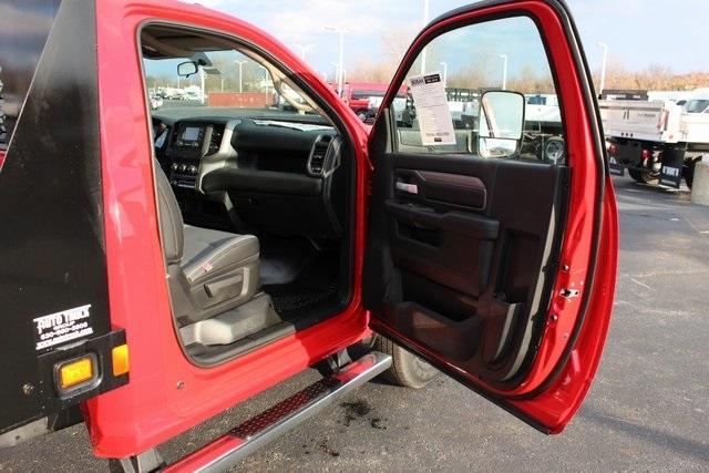 2019 Ram 3500 Regular Cab DRW 4x4, Knapheide Value-Master X Platform Body #M191687 - photo 23