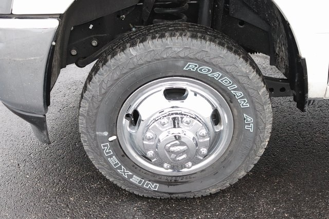 2019 Ram 3500 Crew Cab DRW 4x4, Monroe Work-A-Hauler II Platform Body #M191808 - photo 33