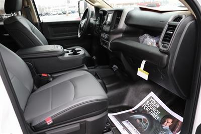 2019 Ram 3500 Crew Cab DRW 4x4, Monroe Tow 'N Haul Gooseneck Platform Body #M191837 - photo 34