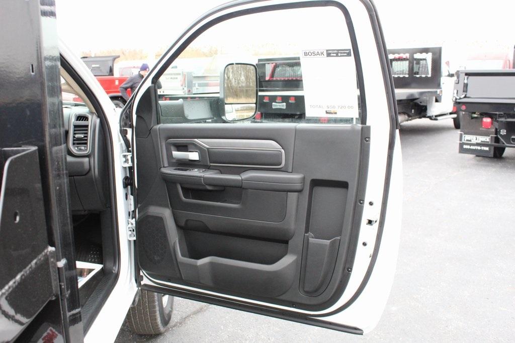 2019 Ram 3500 Regular Cab DRW 4x2, Monroe MTE-Zee Dump Body #M191840 - photo 22