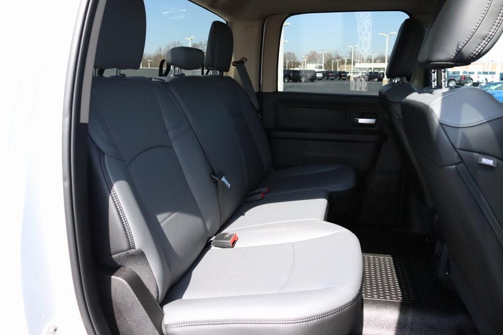 2019 Ram 2500 Crew Cab 4x2, Reading SL Service Body #M191847 - photo 30