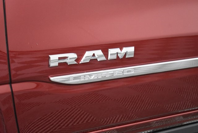 2019 Ram 1500 Crew Cab 4x4,  Pickup #M19349 - photo 10