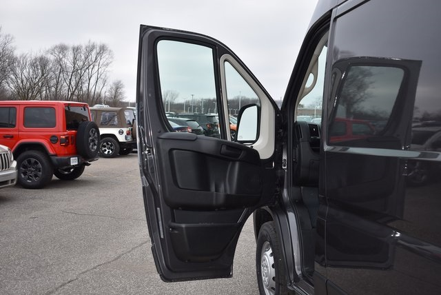 2019 ProMaster 2500 High Roof FWD,  Empty Cargo Van #M19420 - photo 24