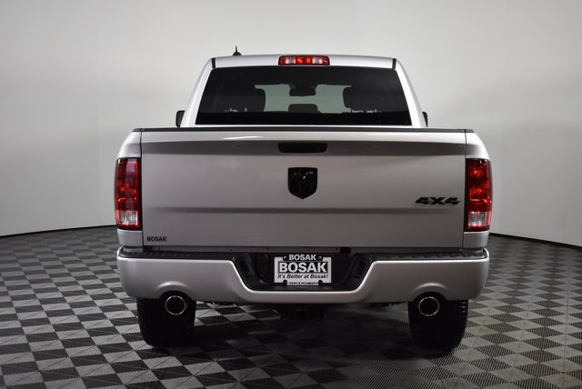 2019 Ram 1500 Crew Cab 4x4,  Pickup #M19427 - photo 4