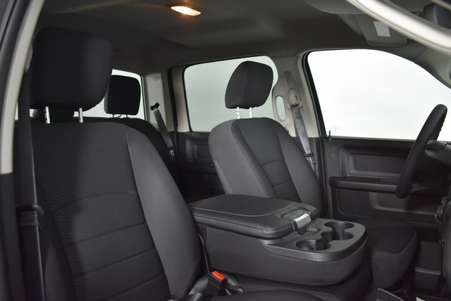 2019 Ram 1500 Crew Cab 4x4,  Pickup #M19435 - photo 33