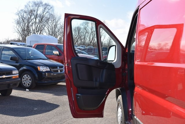 2019 ProMaster 2500 High Roof FWD, Empty Cargo Van #M19438 - photo 21