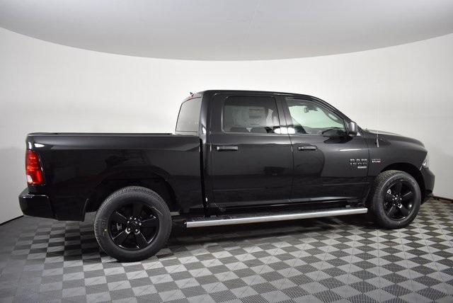 2019 Ram 1500 Crew Cab 4x4,  Pickup #M19510 - photo 6