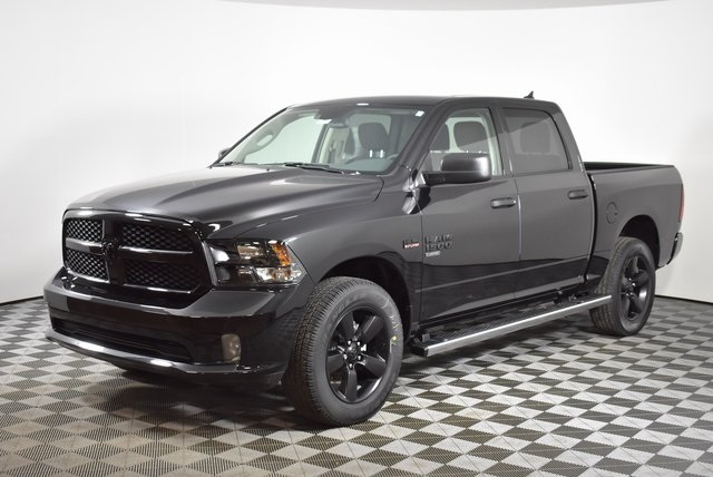 2019 Ram 1500 Crew Cab 4x4,  Pickup #M19510 - photo 9
