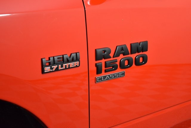 2019 Ram 1500 Crew Cab 4x4,  Pickup #M19514 - photo 10