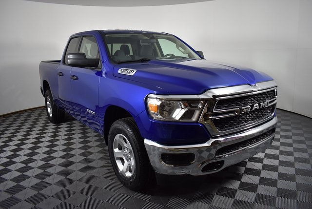 2019 Ram 1500 Quad Cab 4x4,  Pickup #M19586 - photo 7