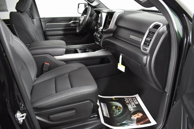 2019 Ram 1500 Crew Cab 4x4, Pickup #M19634 - photo 39