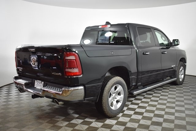 2019 Ram 1500 Crew Cab 4x4, Pickup #M19634 - photo 5