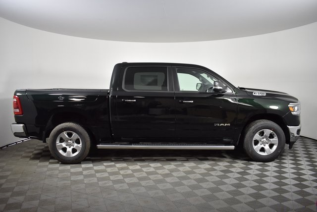2019 Ram 1500 Crew Cab 4x4, Pickup #M19634 - photo 6