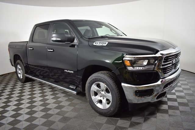 2019 Ram 1500 Crew Cab 4x4, Pickup #M19634 - photo 7