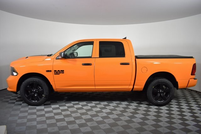 2019 Ram 1500 Crew Cab 4x4,  Pickup #M19736 - photo 3
