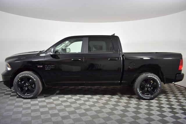 2019 Ram 1500 Crew Cab 4x4,  Pickup #M19757 - photo 3
