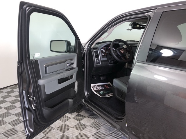2019 Ram 1500 Crew Cab 4x4,  Pickup #M19794 - photo 9