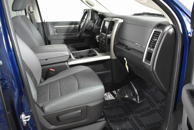 2019 Ram 1500 Crew Cab 4x4,  Pickup #M19803 - photo 33
