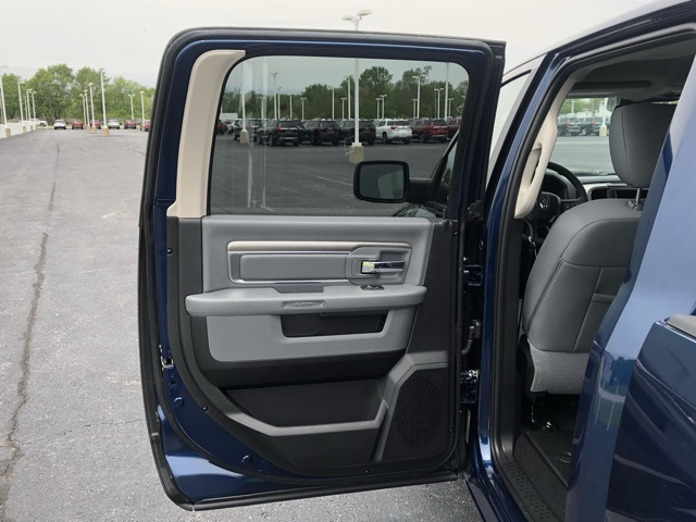 2019 Ram 1500 Crew Cab 4x4,  Pickup #M19811 - photo 25