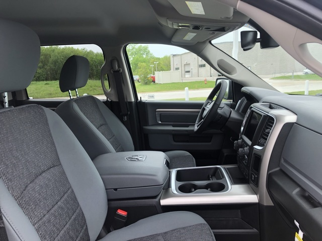 2019 Ram 1500 Crew Cab 4x4,  Pickup #M19811 - photo 33
