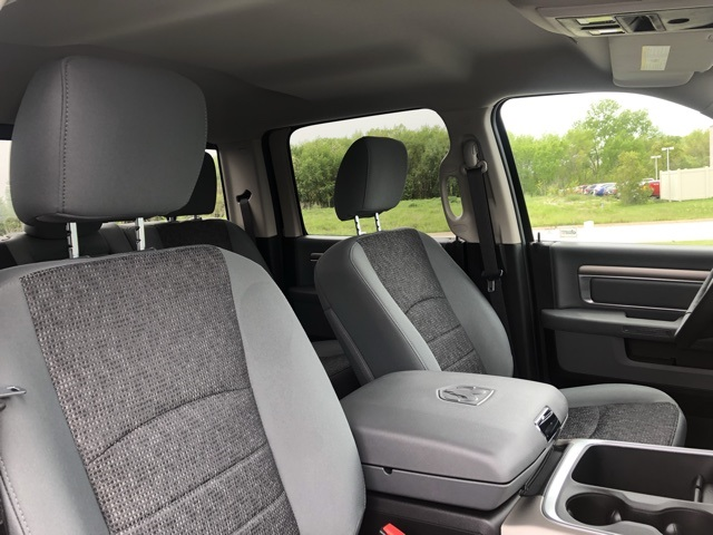 2019 Ram 1500 Crew Cab 4x4,  Pickup #M19811 - photo 34