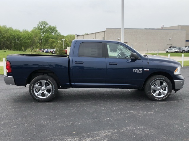 2019 Ram 1500 Crew Cab 4x4,  Pickup #M19811 - photo 6