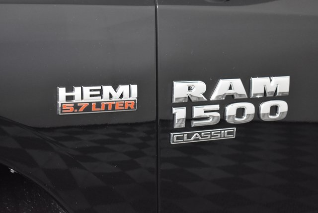 2019 Ram 1500 Crew Cab 4x4,  Pickup #M19910 - photo 10