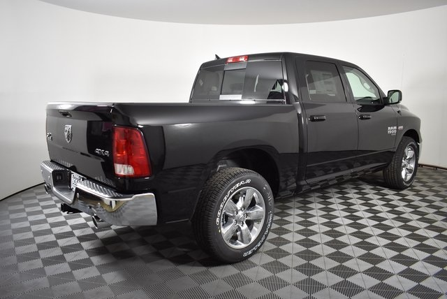 2019 Ram 1500 Crew Cab 4x4,  Pickup #M19910 - photo 5