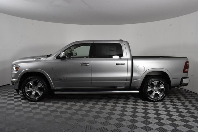2020 Ram 1500 Crew Cab 4x4, Pickup #M20023 - photo 3