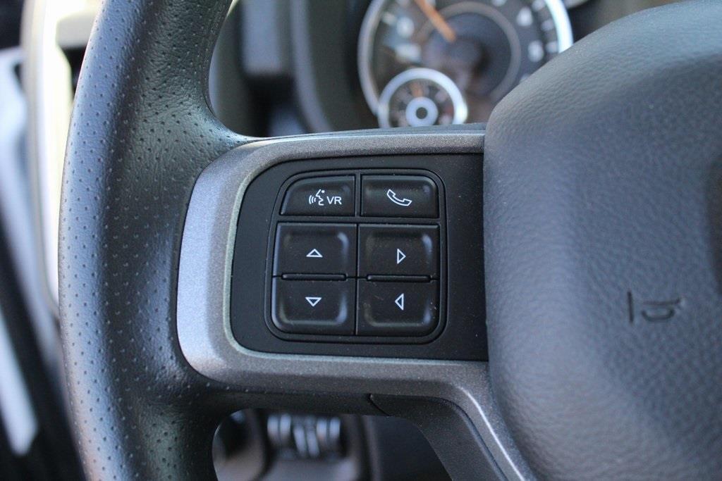 2020 Ram 3500 Regular Cab DRW 4x4, Reading Classic II Steel Service Body #M201114 - photo 15