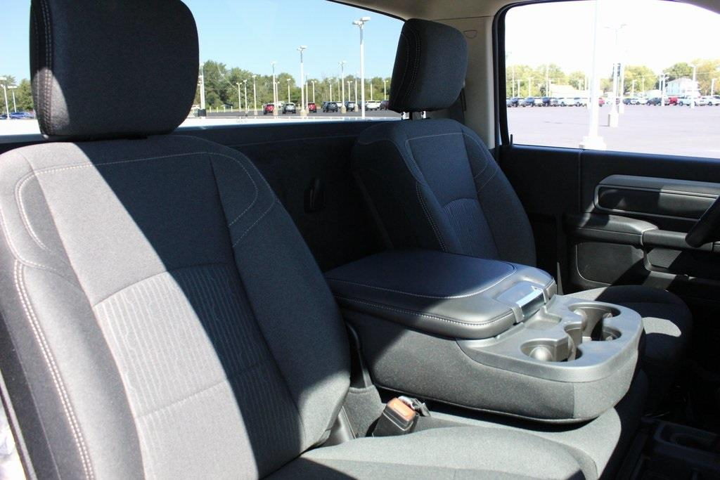 2020 Ram 3500 Regular Cab DRW 4x4, Knapheide Steel Service Body #M201154 - photo 35