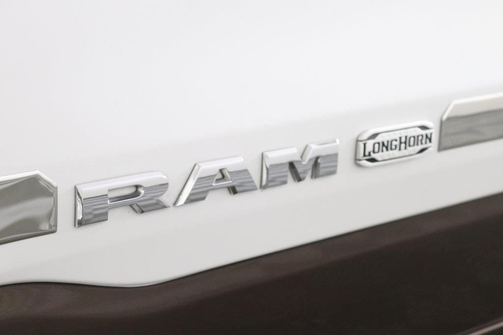 2020 Ram 1500 Crew Cab 4x4, Pickup #M20120 - photo 10