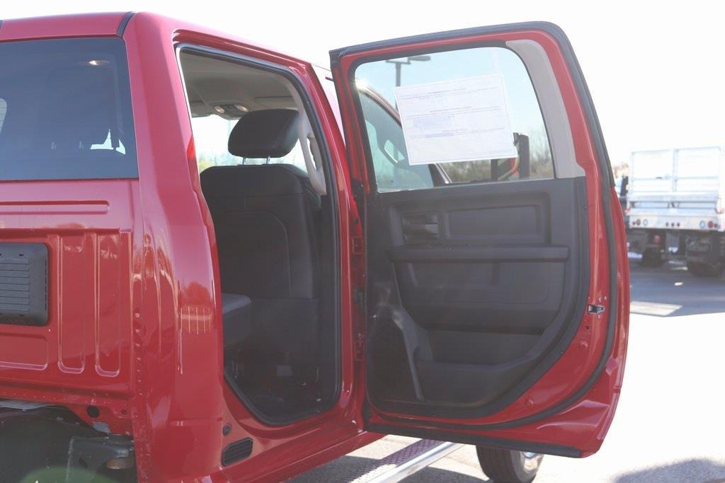 2020 Ram 5500 Crew Cab DRW 4x4, Cab Chassis #M201201 - photo 30