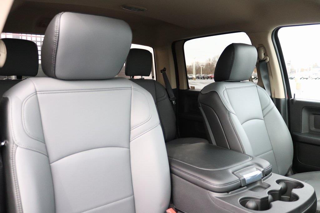 2020 Ram 5500 Crew Cab DRW 4x4, Cab Chassis #M201201 - photo 31