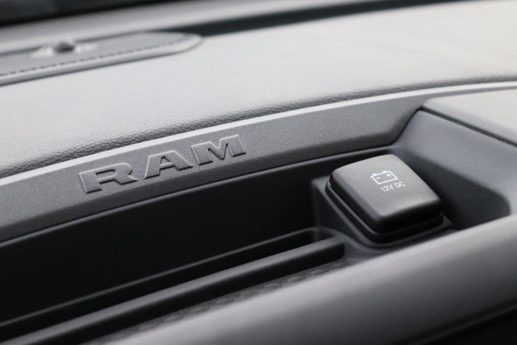 2020 Ram 2500 Crew Cab 4x4, BOSS Snowplow Pickup #M201276 - photo 19