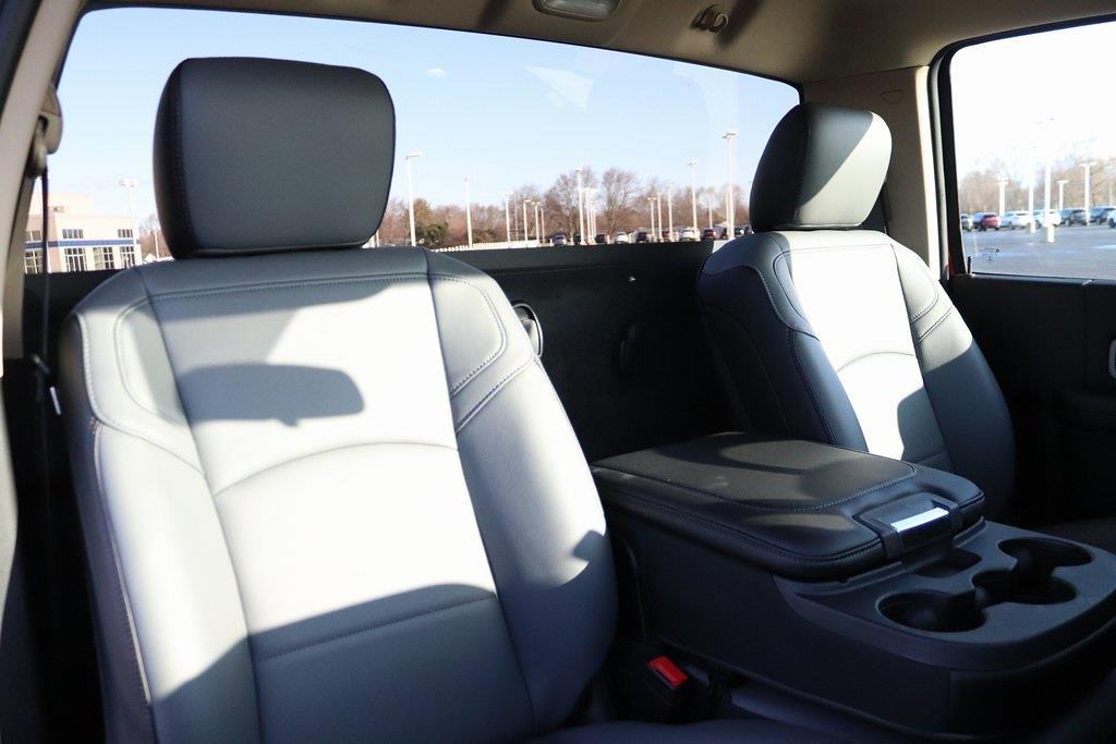 2020 Ram 5500 Regular Cab DRW 4x4, Cab Chassis #M201360 - photo 24