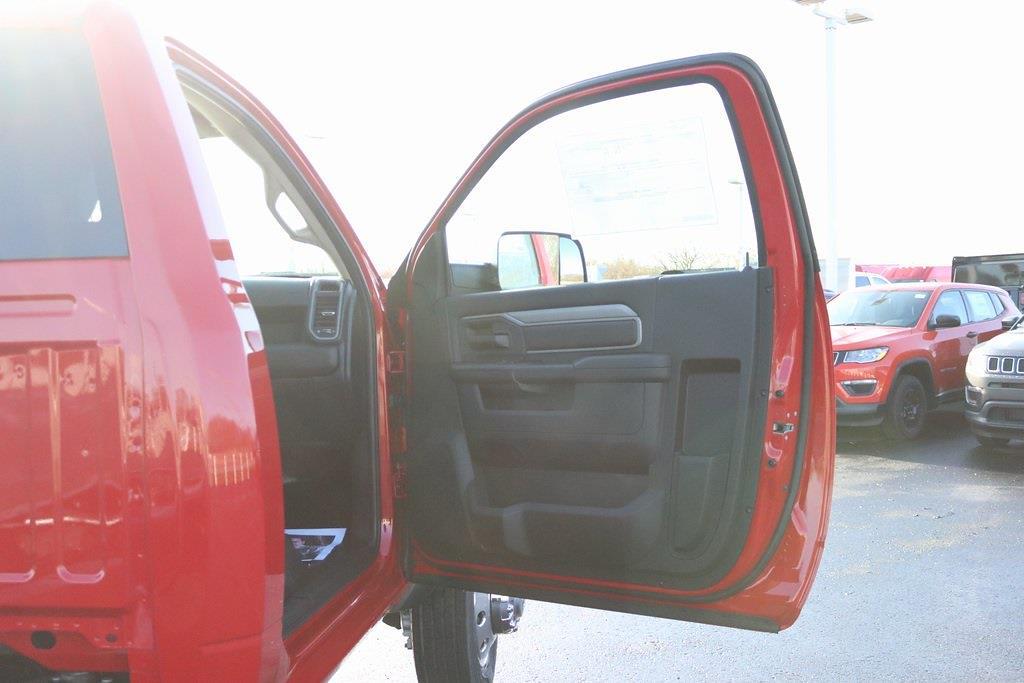 2020 Ram 5500 Regular Cab DRW 4x4, Cab Chassis #M201360 - photo 26