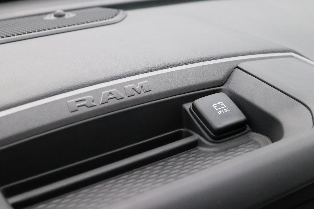 2020 Ram 5500 Regular Cab DRW 4x4, Knapheide Steel Service Body #M201365 - photo 17