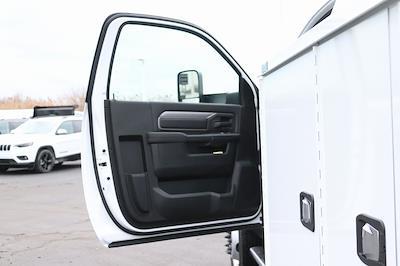 2020 Ram 5500 Regular Cab DRW 4x4, Knapheide Steel Service Body #M201365 - photo 24