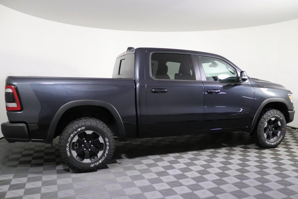 2020 Ram 1500 Crew Cab 4x4, Pickup #M20256 - photo 5