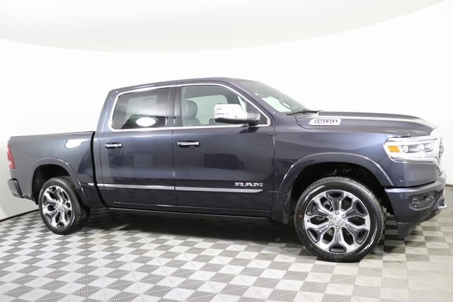 2020 Ram 1500 Crew Cab 4x4, Pickup #M20390 - photo 5