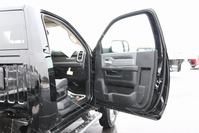 2020 Ram 4500 Regular Cab DRW 4x4, Cab Chassis #M20453 - photo 19