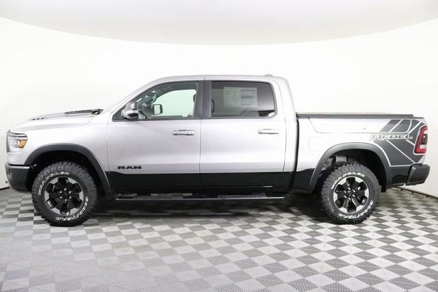 2020 Ram 1500 Crew Cab 4x4, Pickup #M20476 - photo 3