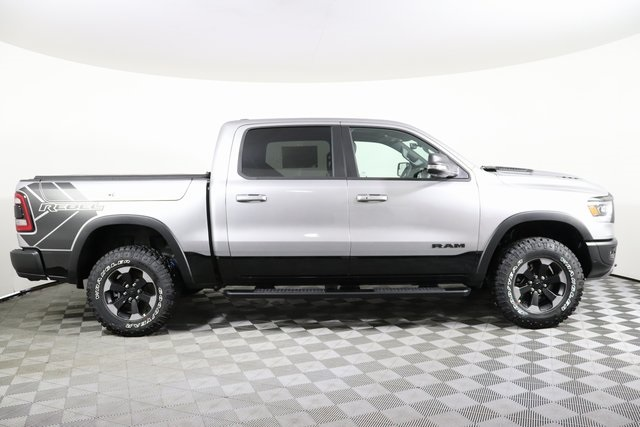 2020 Ram 1500 Crew Cab 4x4, Pickup #M20476 - photo 6