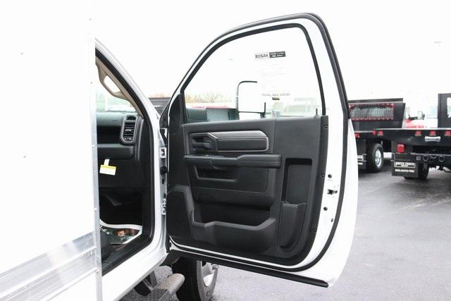 2020 Ram 5500 Regular Cab DRW 4x2, Bay Bridge Classic Cutaway Van #M20587 - photo 23