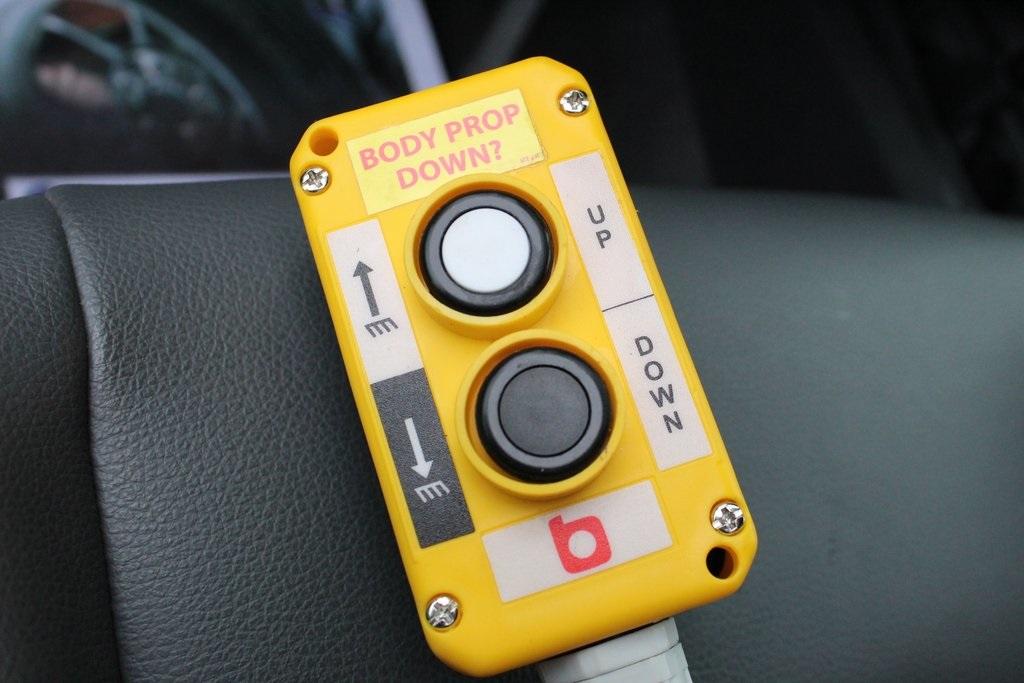 2020 Ram 5500 Regular Cab DRW 4x4, Monroe MTE-Zee SST Series Dump Body #M20632 - photo 25
