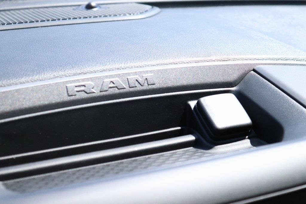 2020 Ram 5500 Regular Cab DRW 4x2, Monroe Versa-Line Stake Body Stake Bed #M20702 - photo 18